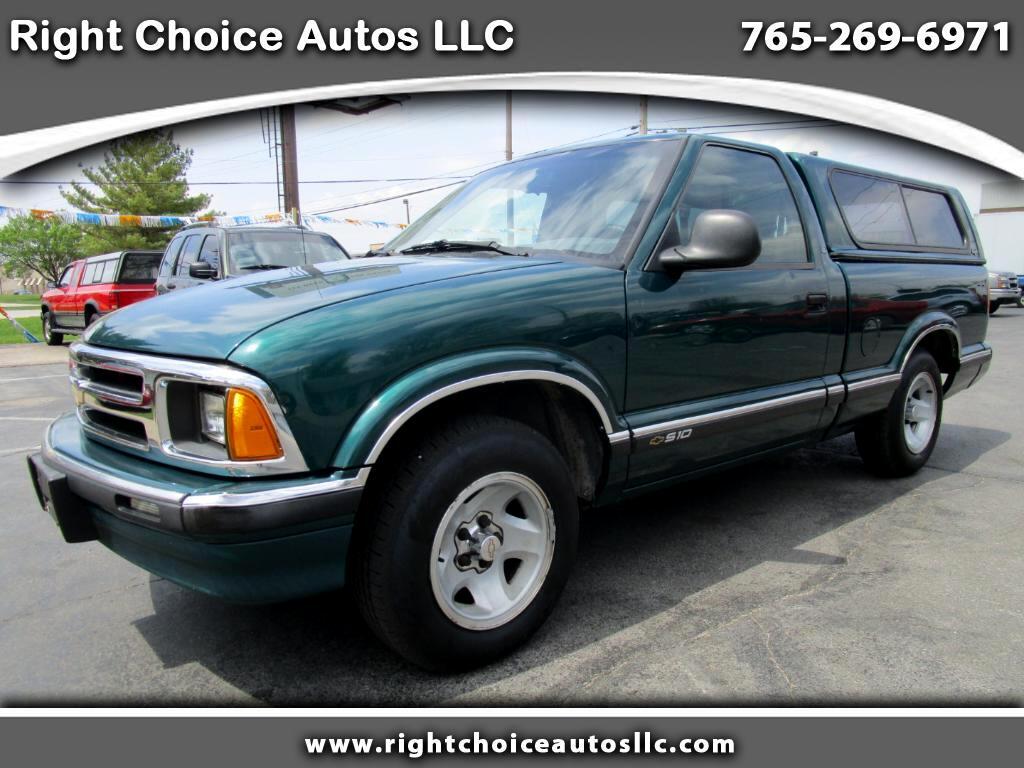 1997 Chevrolet S10 Pickup LS Reg. Cab Sportside 2WD