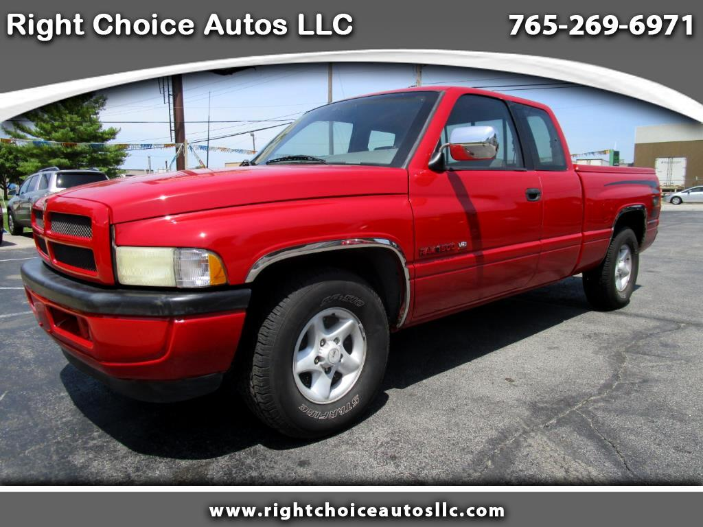 1996 Dodge Ram 1500 ST Club Cab 6.5-ft. Bed 4WD