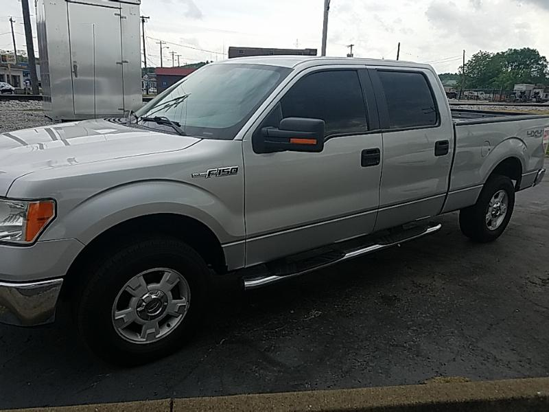 2009 Ford 1/2 Ton Truck