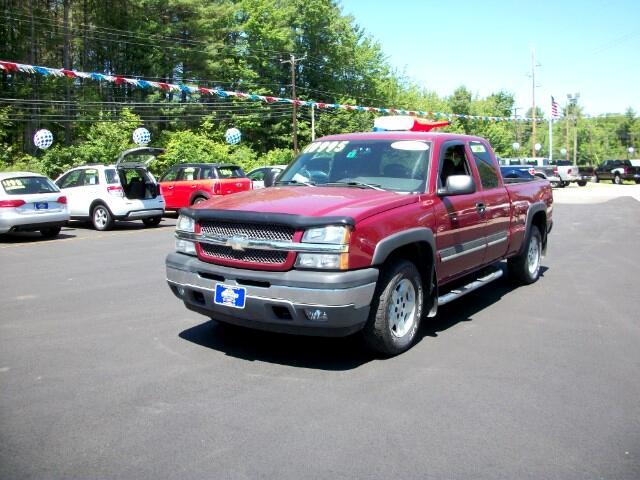 2005 Chevrolet Silverado 1500 LS Ext. Cab Short Bed 4WD