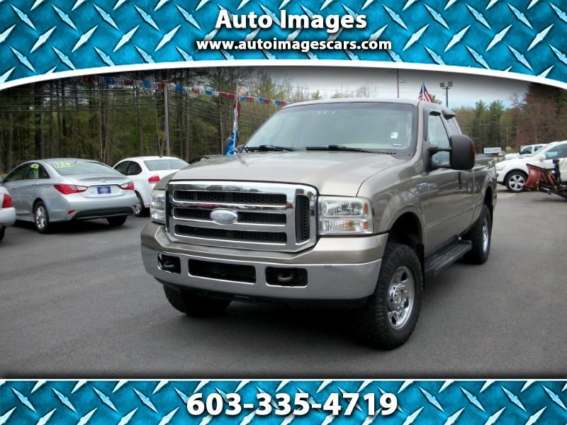 "Ford Super Duty F-250 Supercab 142"" Lariat 4WD 2006"