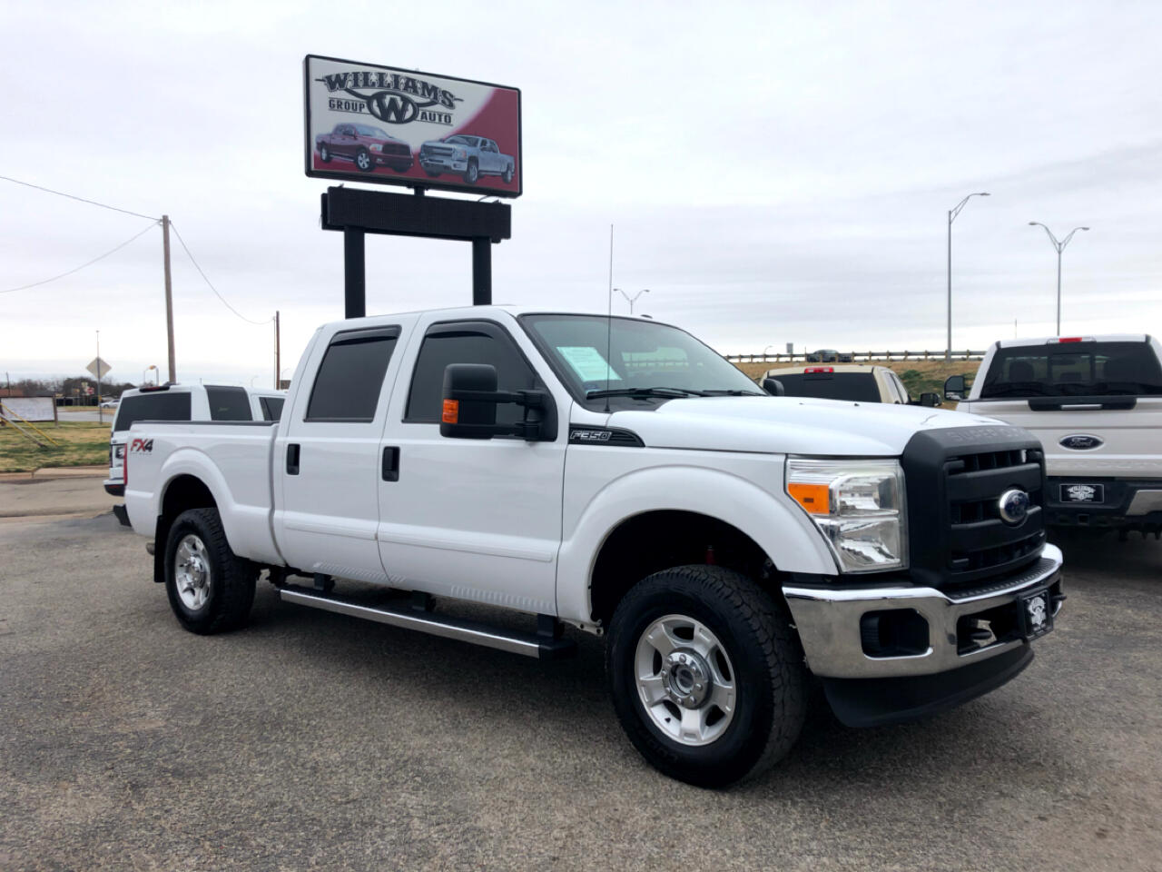 2016 Ford F-250 SuperCrew XLT 4X4