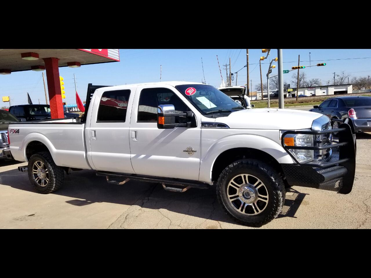 2014 Ford F-350 SuperCrew Lariat FX4
