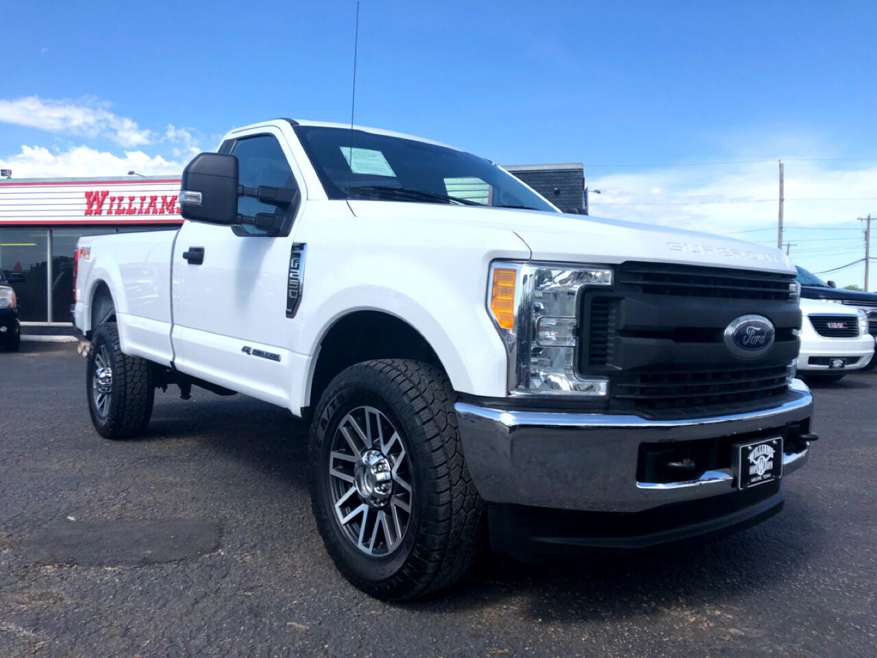 2017 Ford F-250 Regular Cab XL 4X4