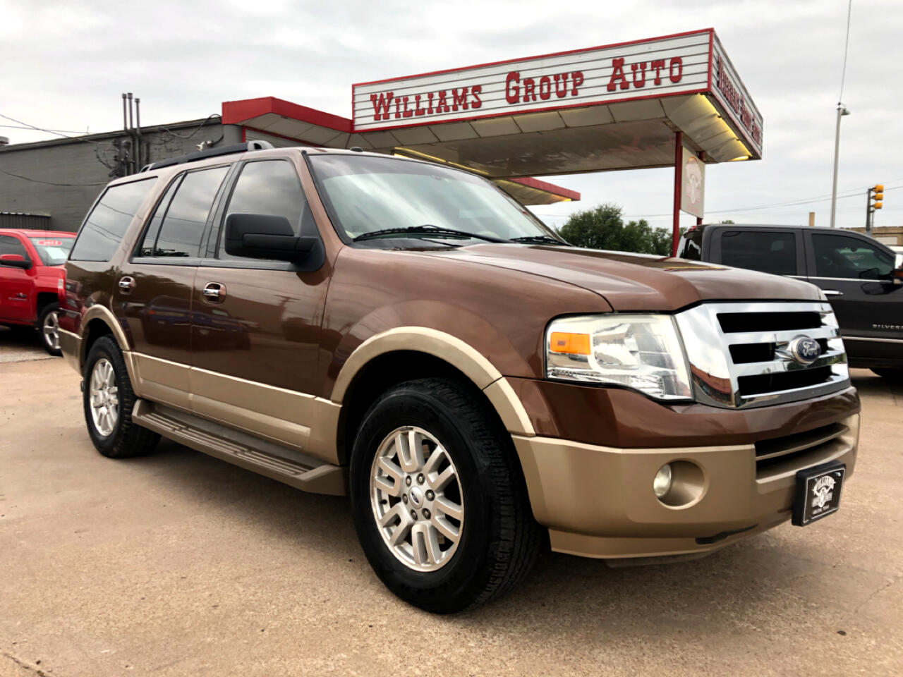2011 Ford Expedition XLT RWD