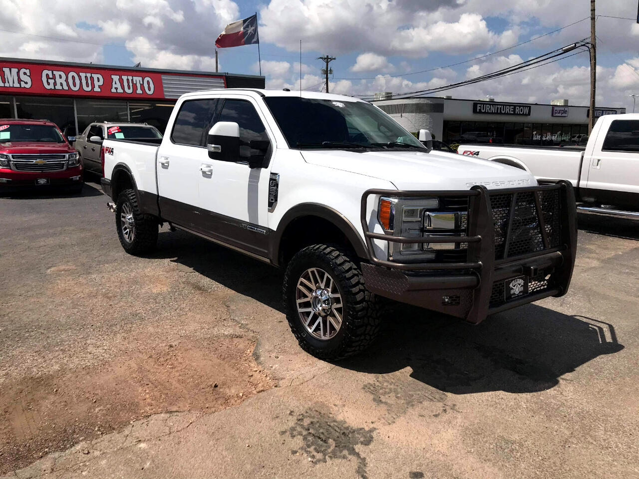 Ford Super Duty F-250 SRW King Ranch 4WD Crew Cab 8' Box 2017
