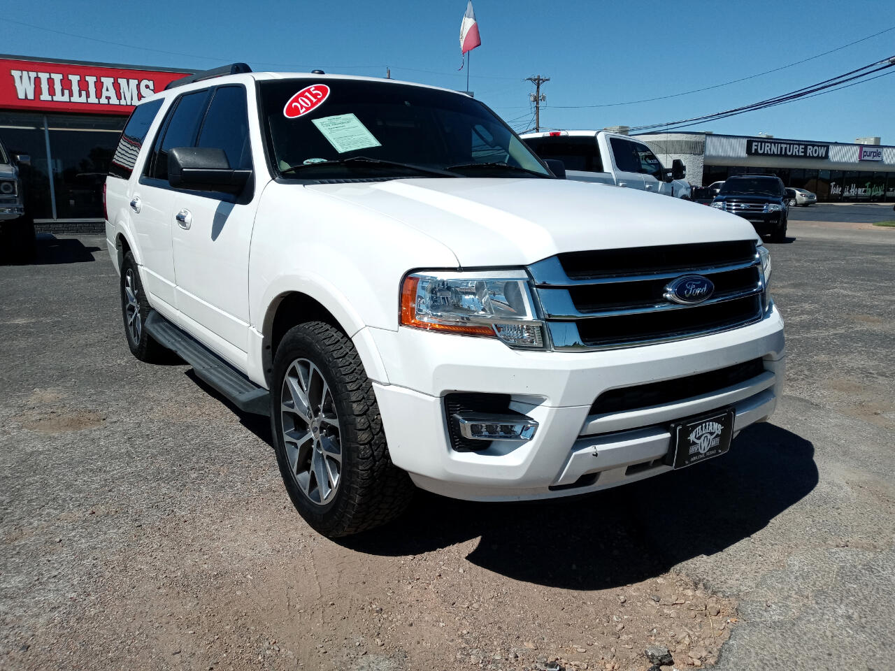 "Ford Expedition 119"" WB XLT 2015"