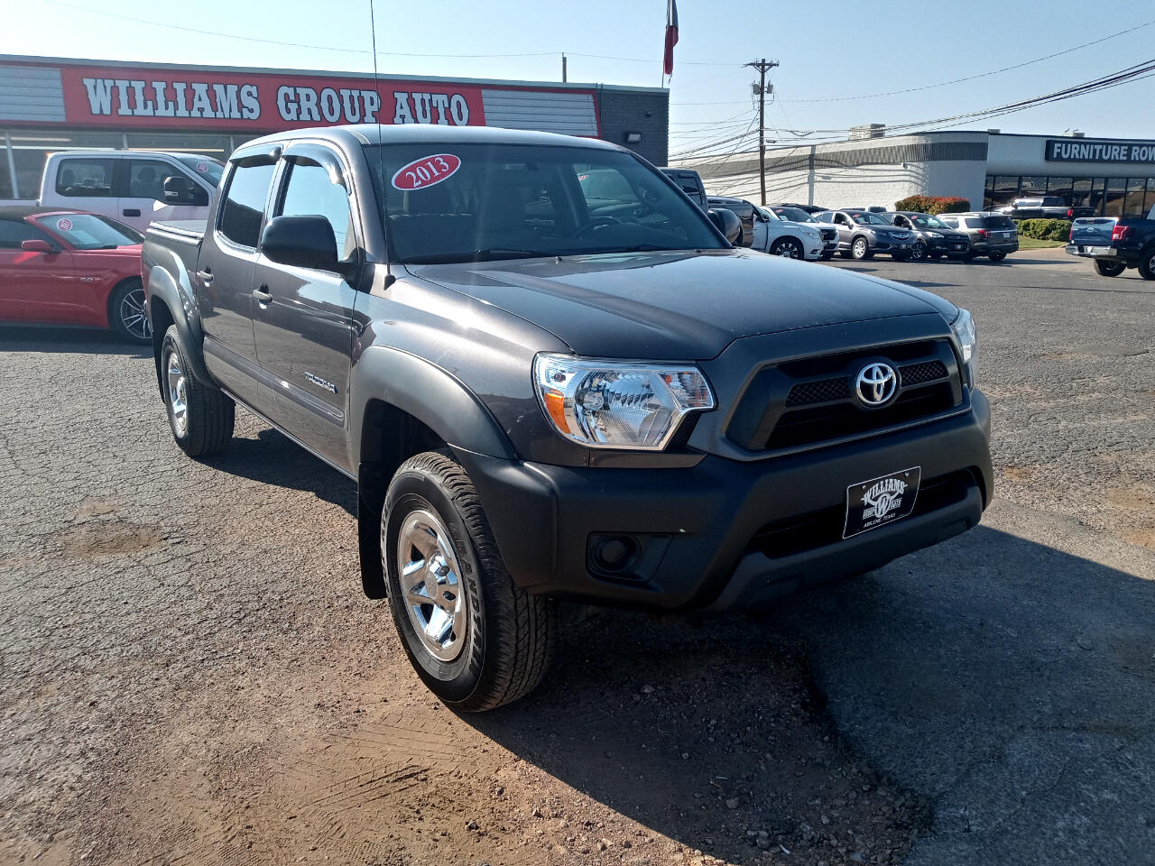 Toyota Tacoma 2WD Double Cab I4 AT PreRunner (Natl) 2013