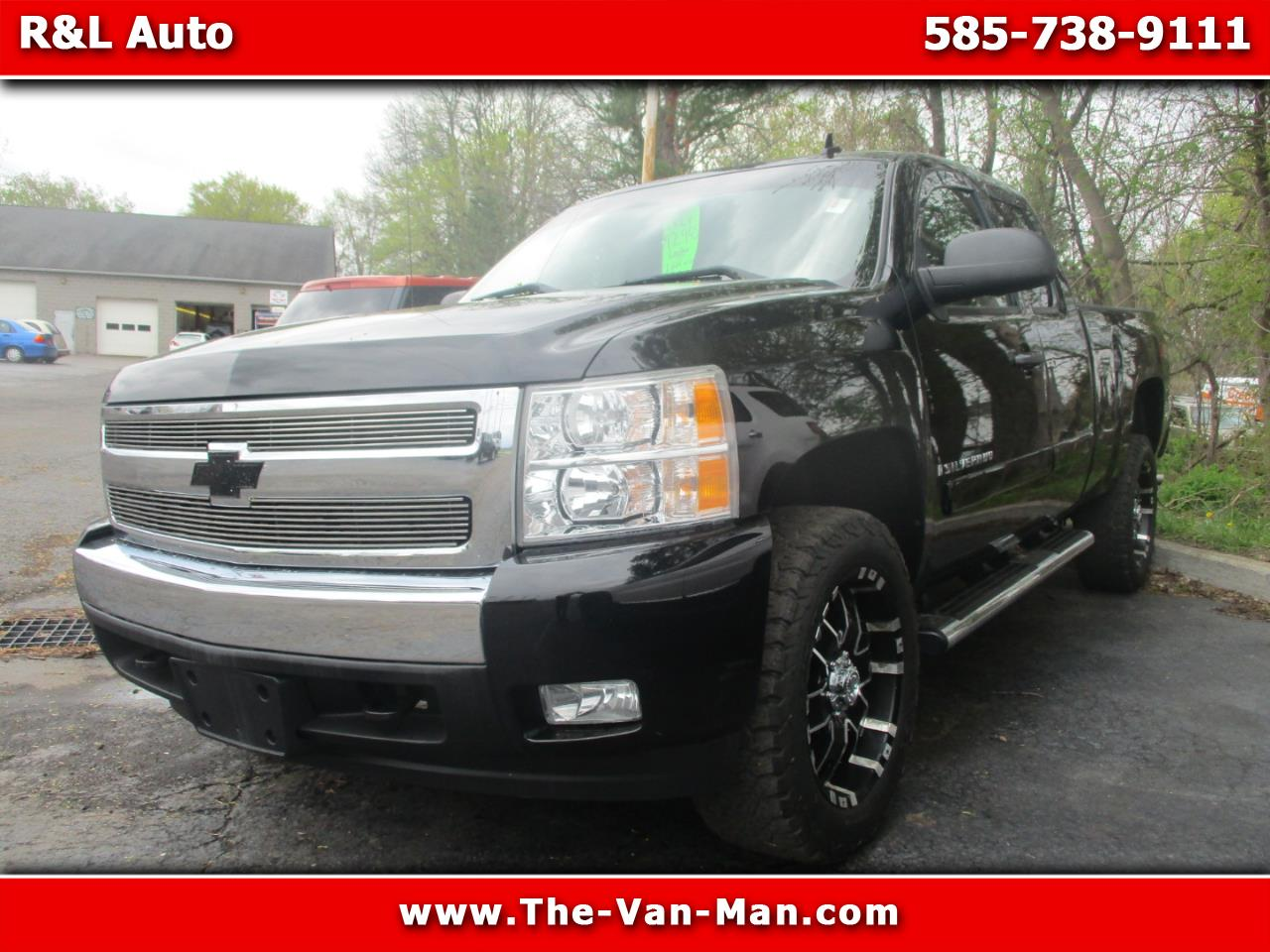 2008 Chevrolet Silverado 1500 LT Short Box 4WD