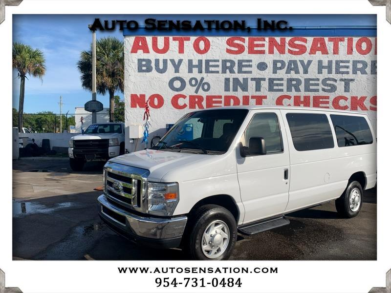 Ford Econoline Wagon E-350 Super Duty XLT 2014