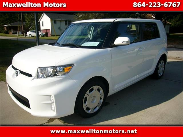 2014 Scion xB 5-Door Wagon 4-Spd AT