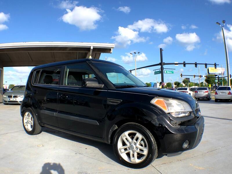 2011 Kia Soul ! Auto