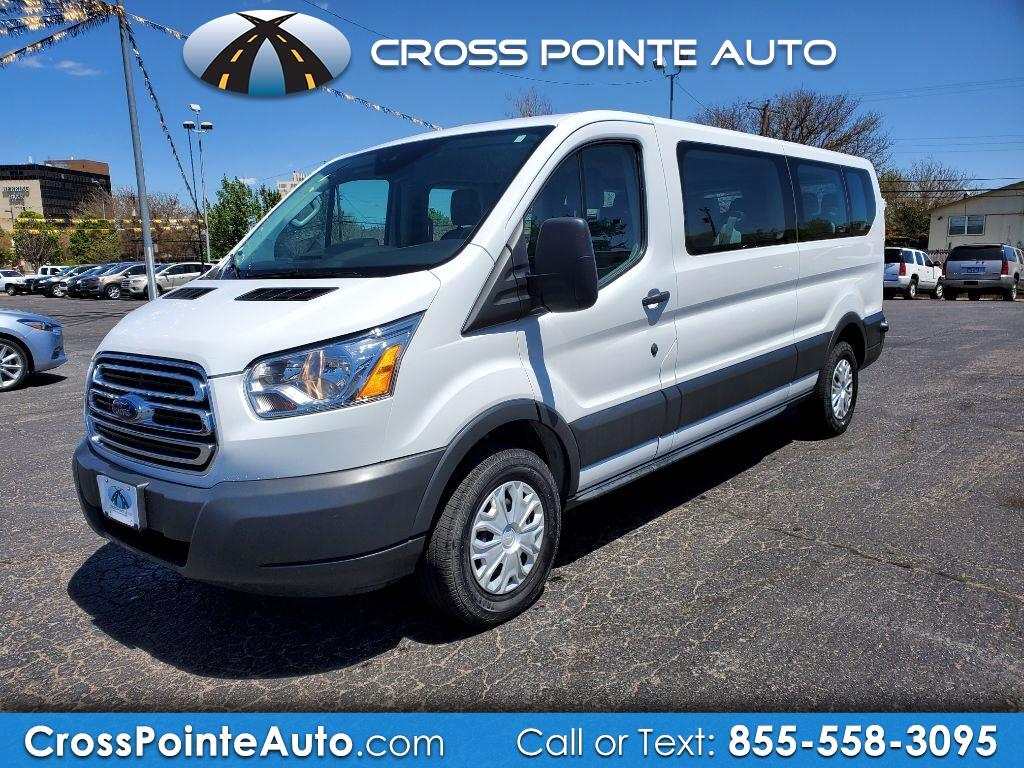 """Ford Transit Passenger Wagon T-350 148"""" Low Roof XLT Swing-Out RH Dr 2018"""