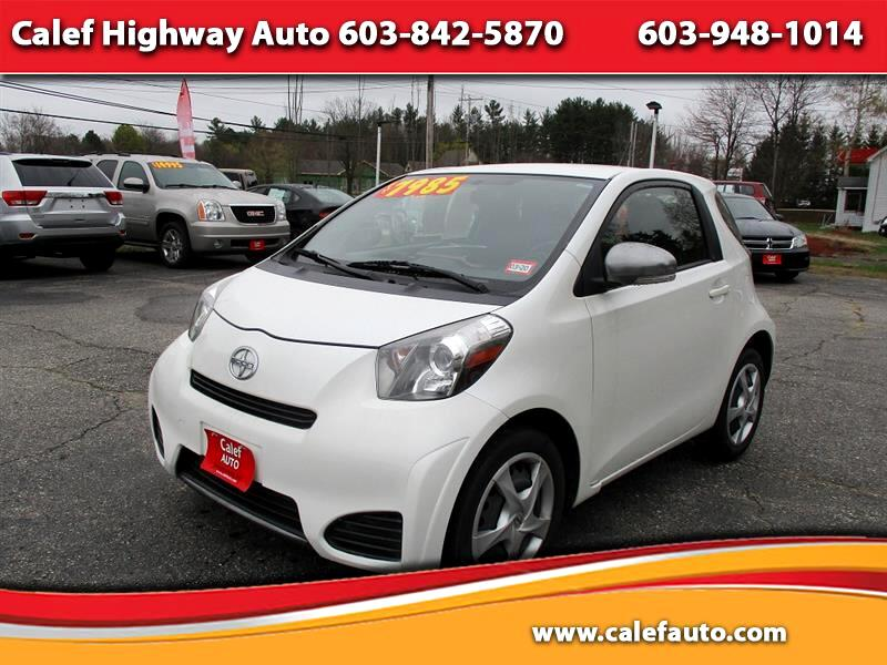 2014 Scion iQ 3-Door Hatchback AT