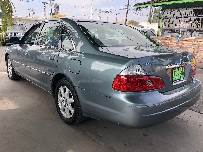 2003 Toyota Avalon XL