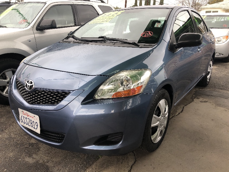 2011 Toyota Yaris Sedan 5-Speed MT