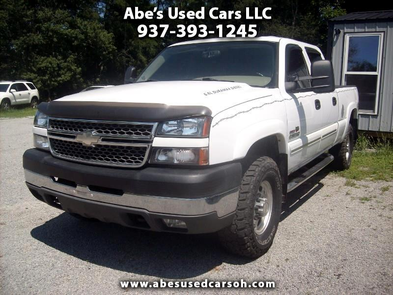Chevrolet Silverado 2500HD LT Crew Cab Short Bed 4WD 2005
