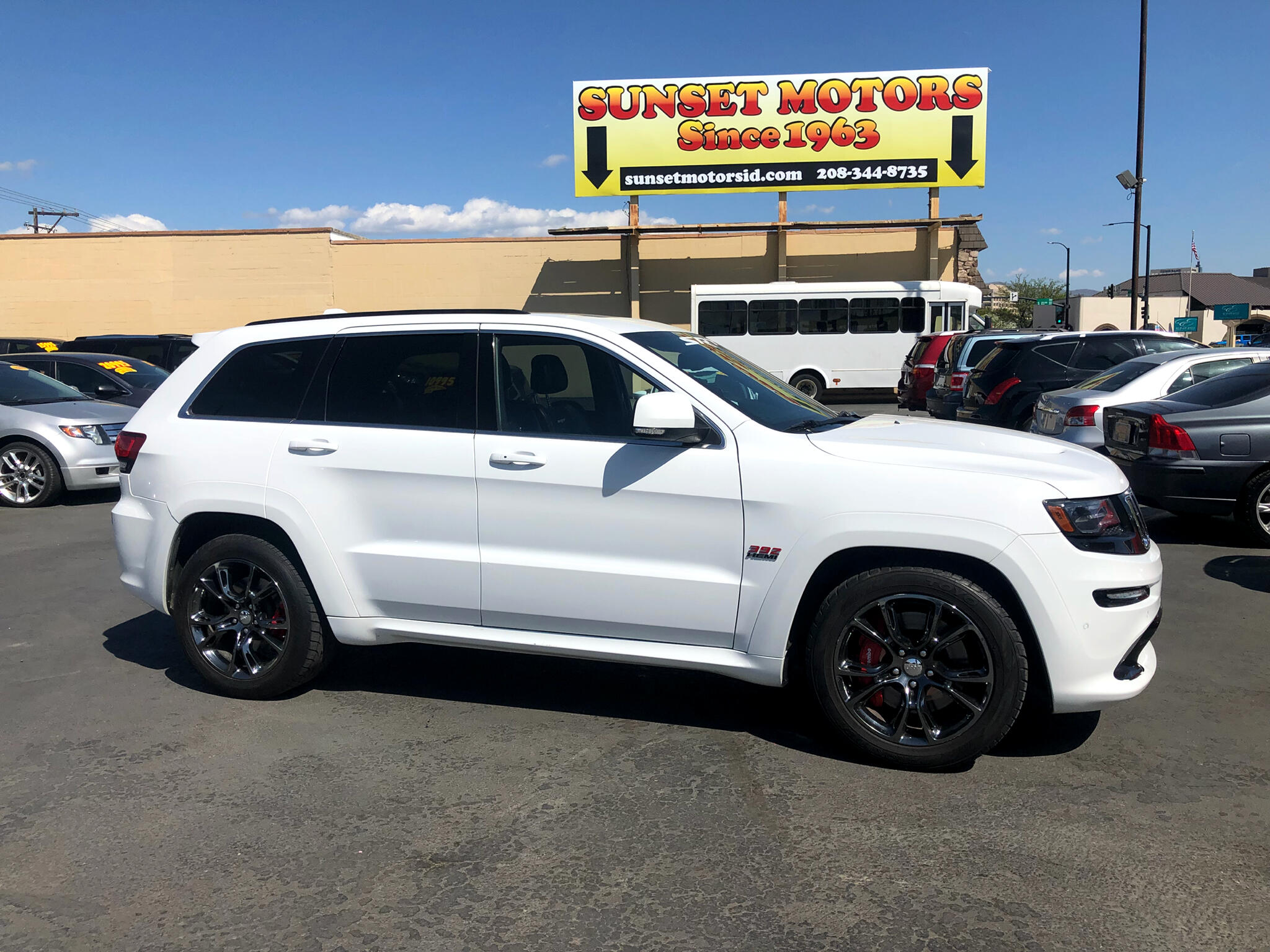 2014 Jeep Grand Cherokee 4WD 4dr SRT8