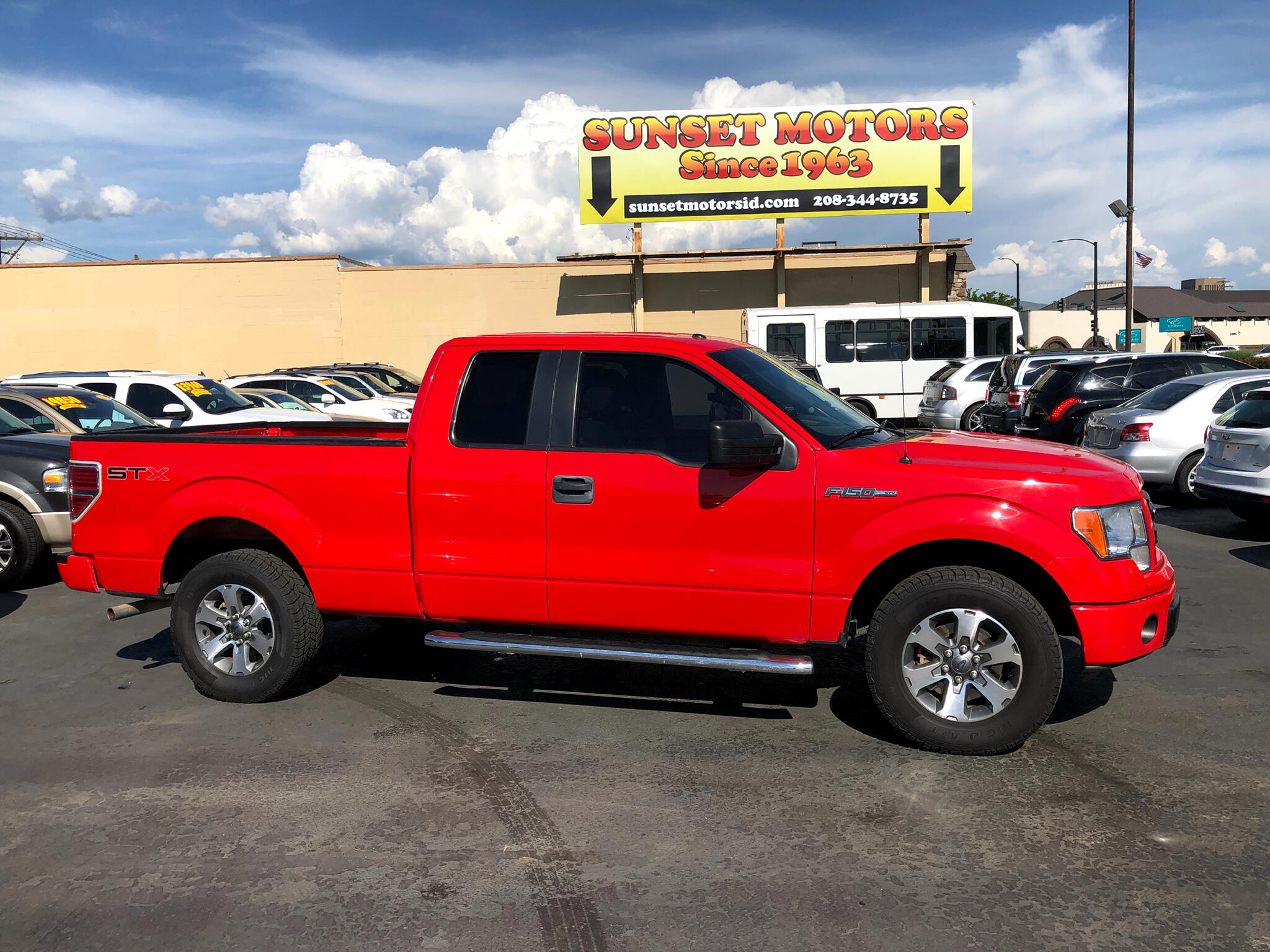 "2013 Ford F-150 2WD SuperCab 145"" STX"
