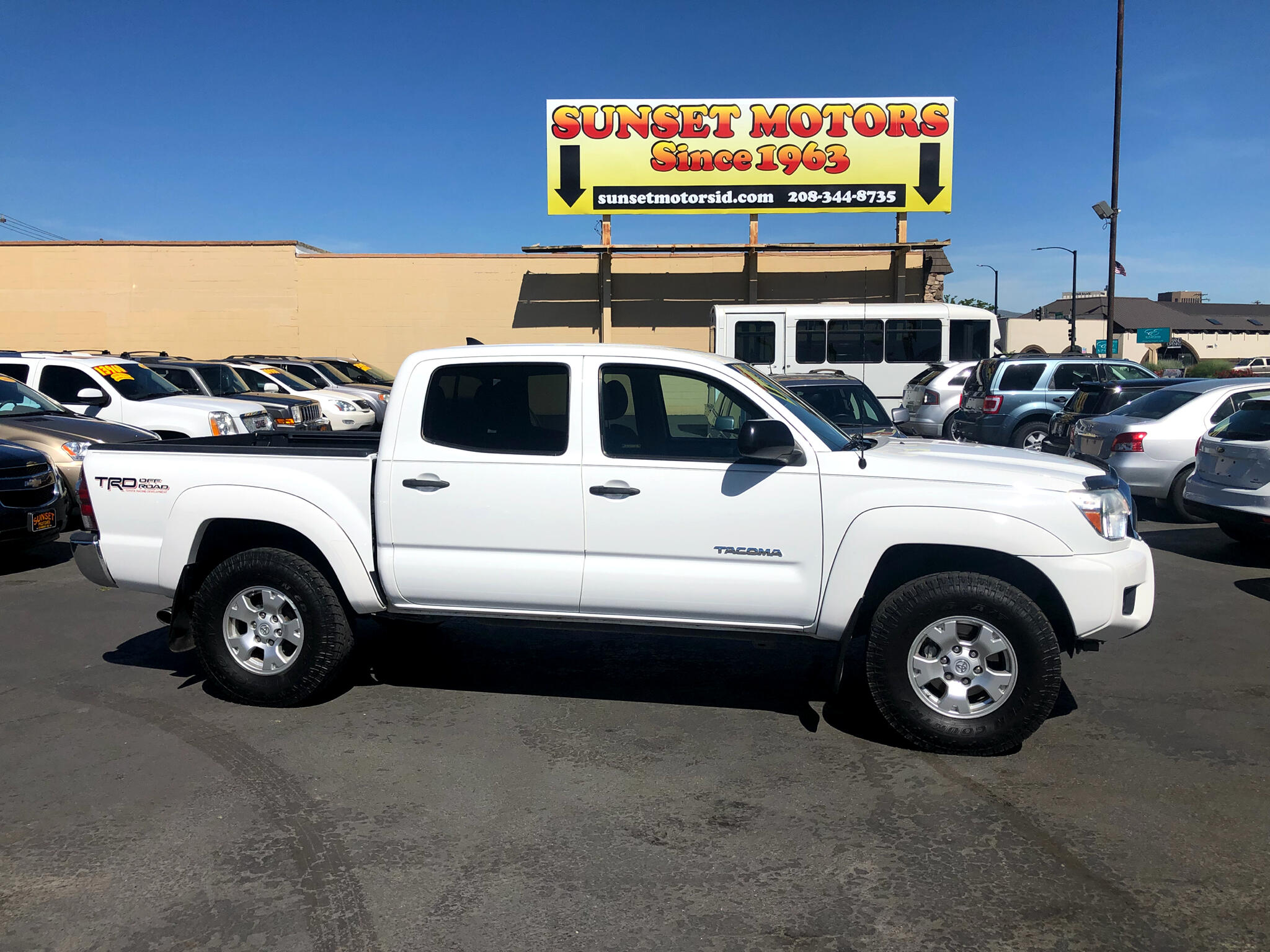 2012 Toyota Tacoma 4WD Double Cab LB V6 AT TRD Off Road (Natl)