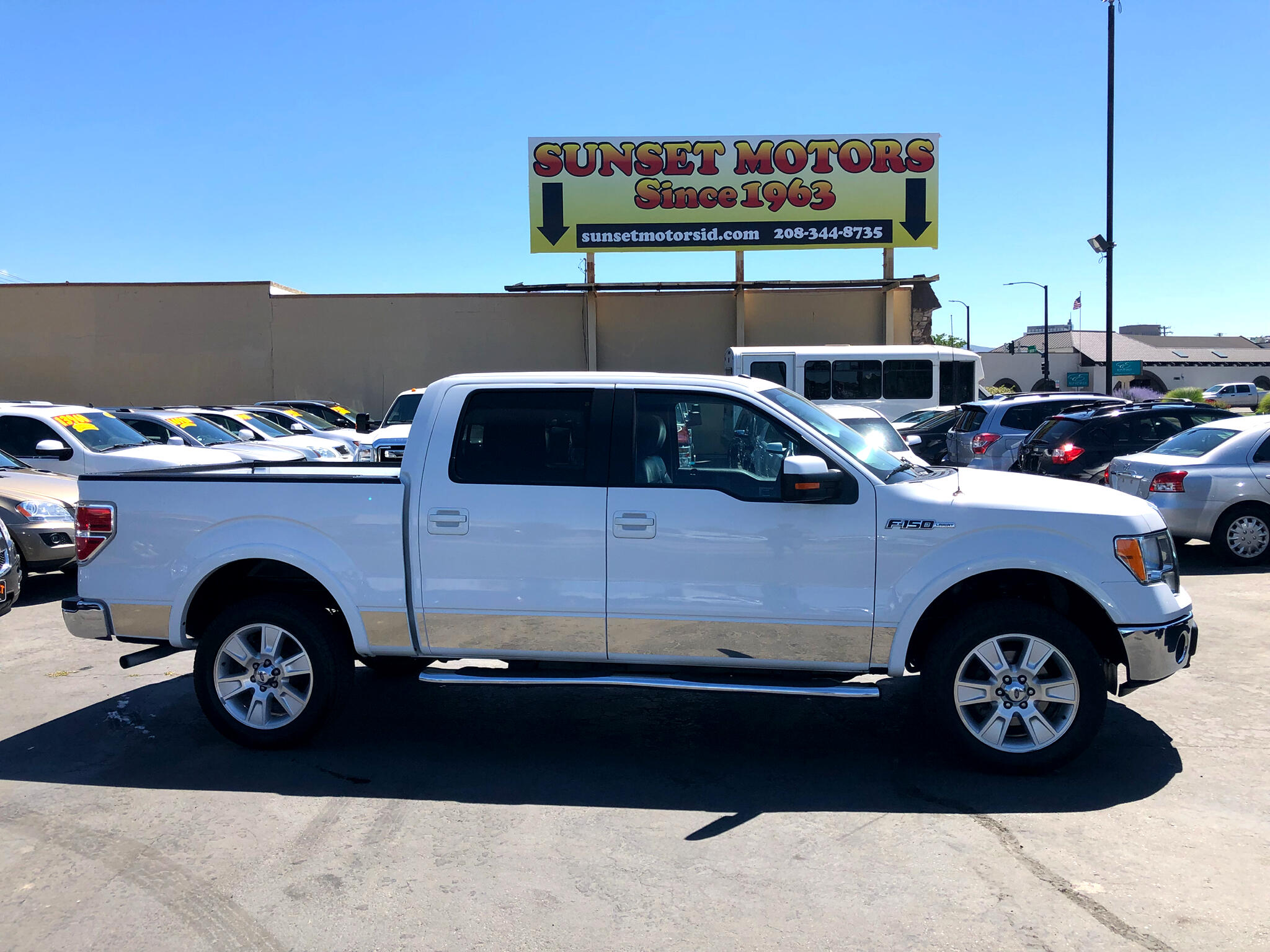 "2010 Ford F-150 4WD SuperCrew 157"" Lariat"