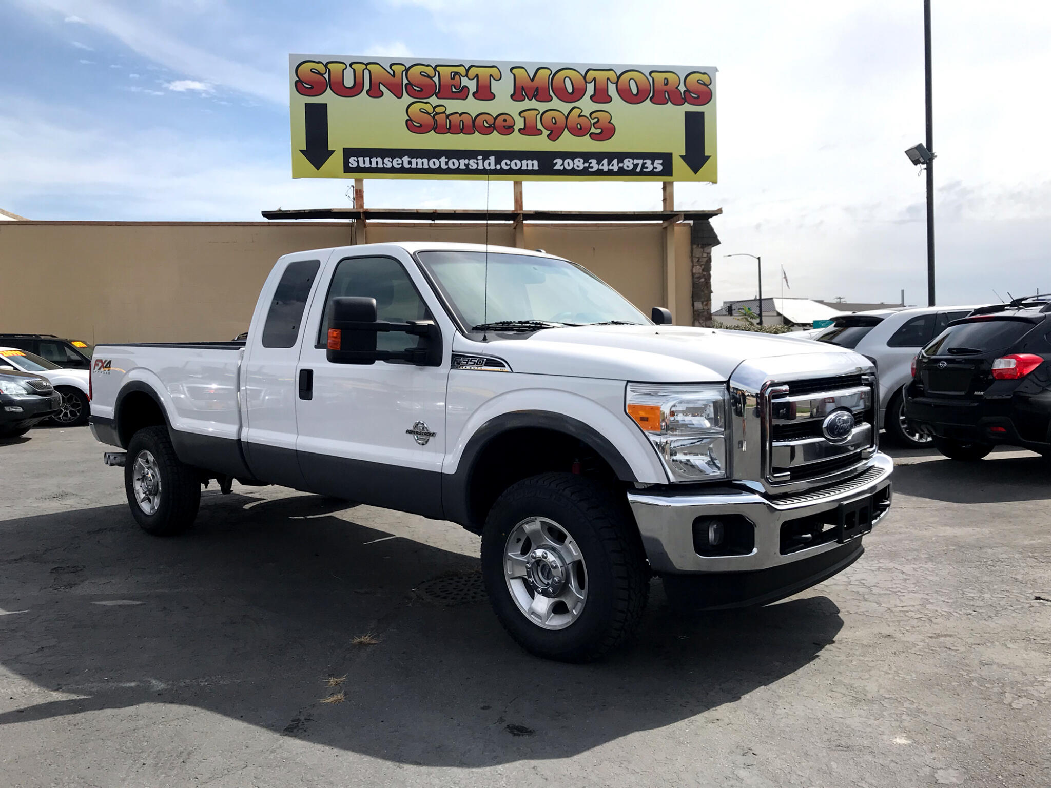 "2015 Ford Super Duty F-350 SRW 4WD SuperCab 158"" XLT"