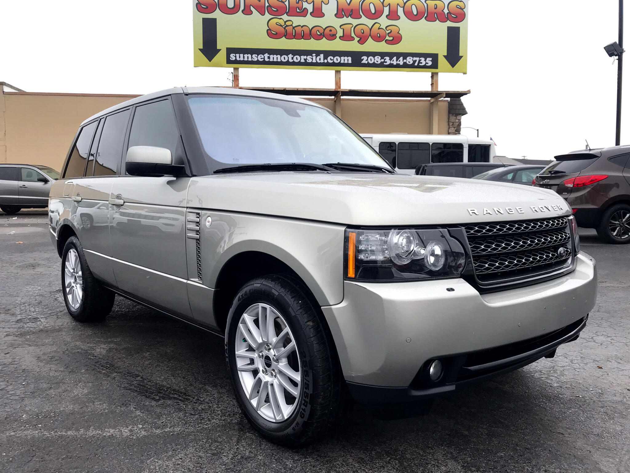 Land Rover Range Rover 4WD 4dr HSE 2012