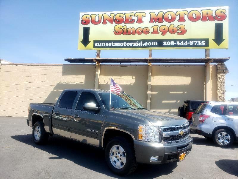 """Chevrolet Silverado 1500 4WD Crew Cab 143.5"""" LTZ 2011"""