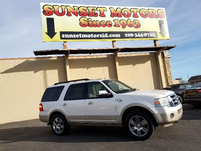 Ford Expedition 4WD 4dr King Ranch 2010