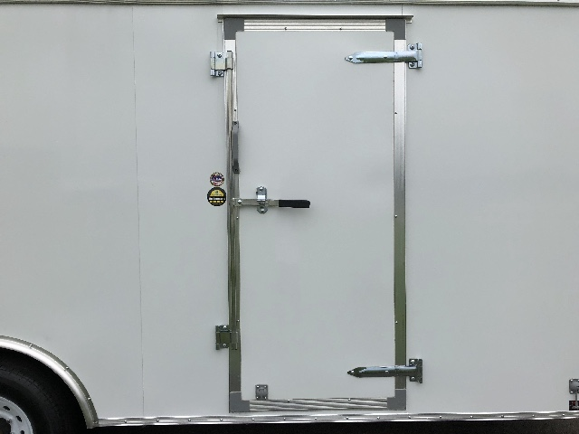 2018 United Trailers UXT 20' Car Hauler / Cargo Trailer - Base Model