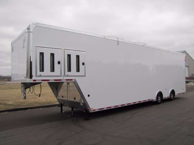 2018 Intech Trailers Gooseneck 40' Aluminum Sprint Car Gooseneck Trailer