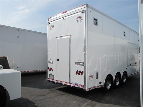 2018 United Trailers Custom Trailer 24FT CONCESSION VENDER TRAILER