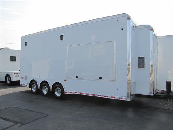 2019 United Trailers Custom Trailer 24FT CONCESSION VENDER TRAILER