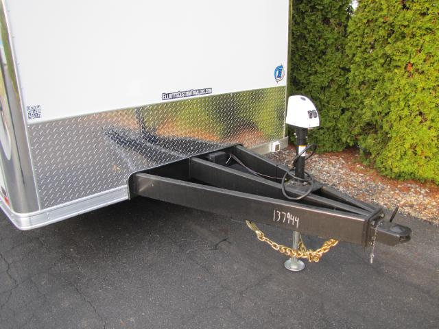 2019 United-Trailers Super Hauler 32ft Wide Body Super Hauler