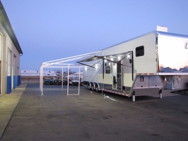 2018 Intech Trailers Gooseneck 40ft One Of A Kind Custom Goosneck
