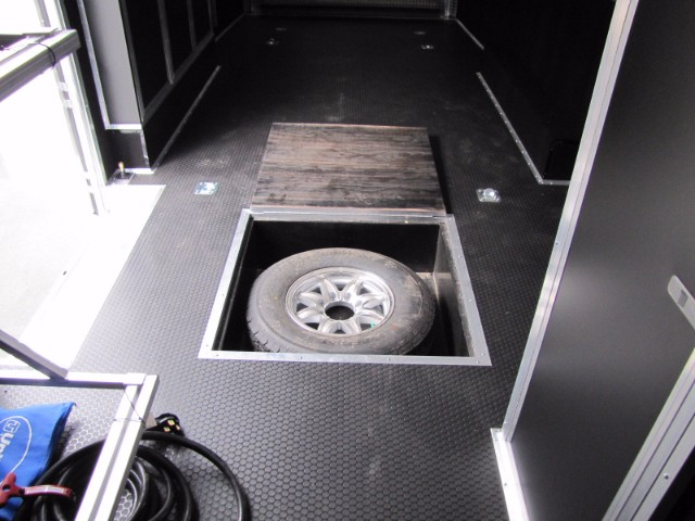 2018 United-Trailers UXT 28ft  9ft Interior Height Race Trailer