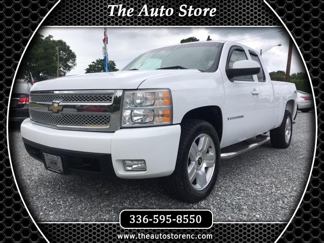 2008 Chevrolet Silverado 1500 LTZ Ext. Cab Long Box 4WD