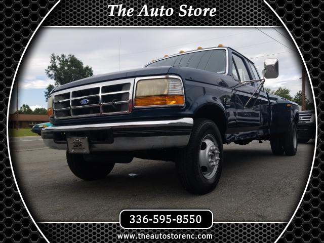 1997 Ford F-350 XL SuperCab DRW 2WD