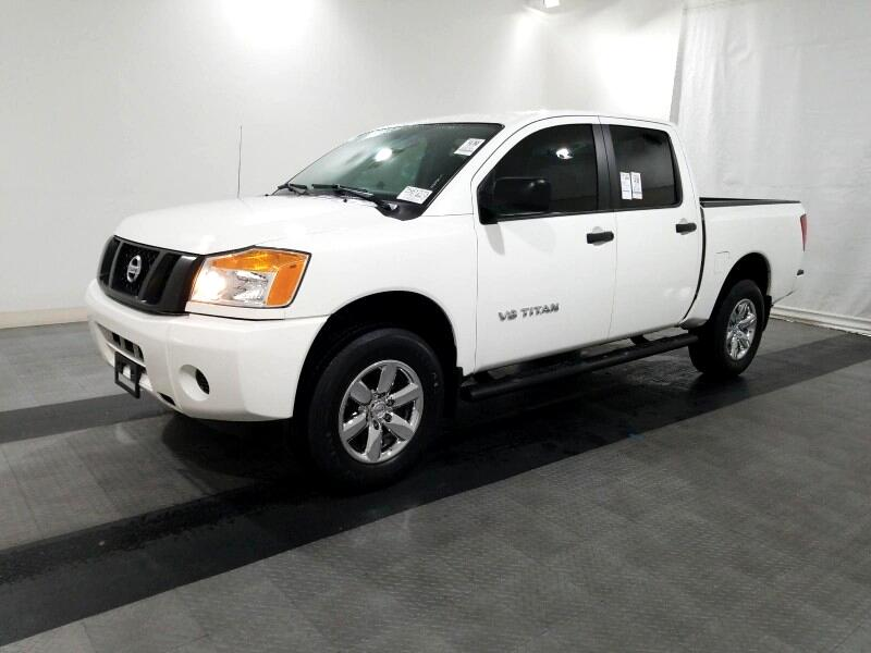 Nissan Titan 4WD Crew Cab SWB PRO-4X 2014