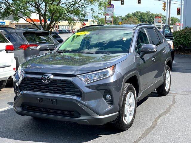 Toyota RAV4 XLE AWD (Natl) 2019