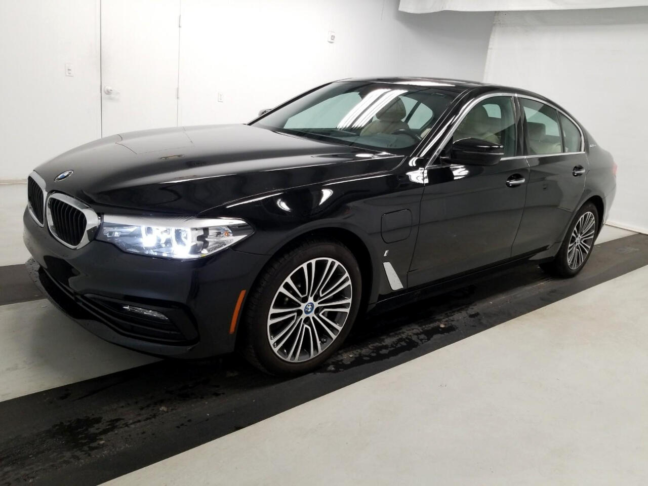 BMW 5 Series 530e iPerformance Plug-In Hybrid 2018