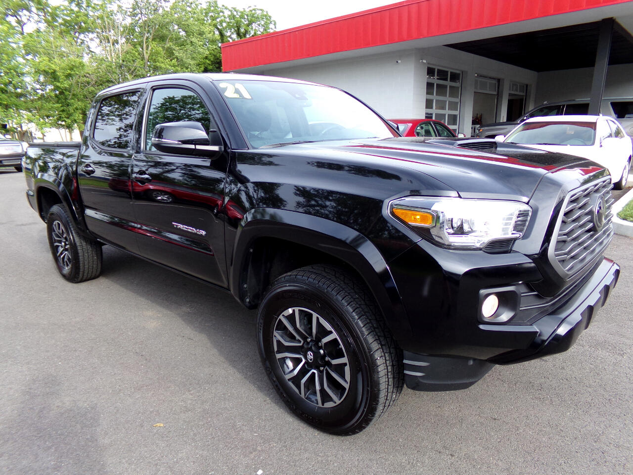 Toyota Tacoma 4WD TRD Off Road Double Cab 5' Bed V6 MT (Natl) 2021