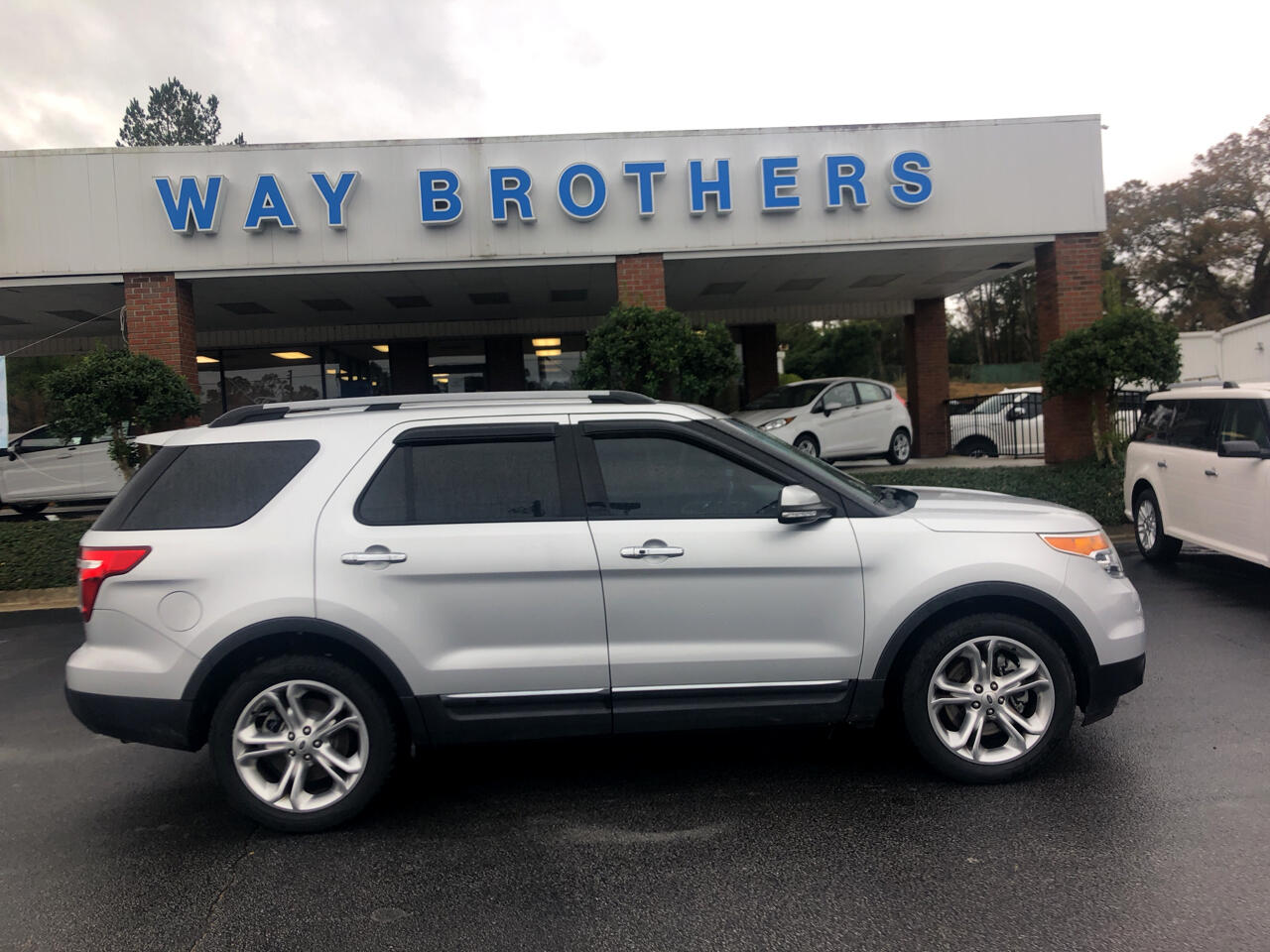 "2015 Ford Explorer 4dr 112"" WB Limited"