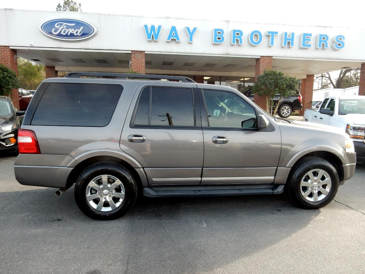 2010 Ford Expedition 2WD 4dr XLT