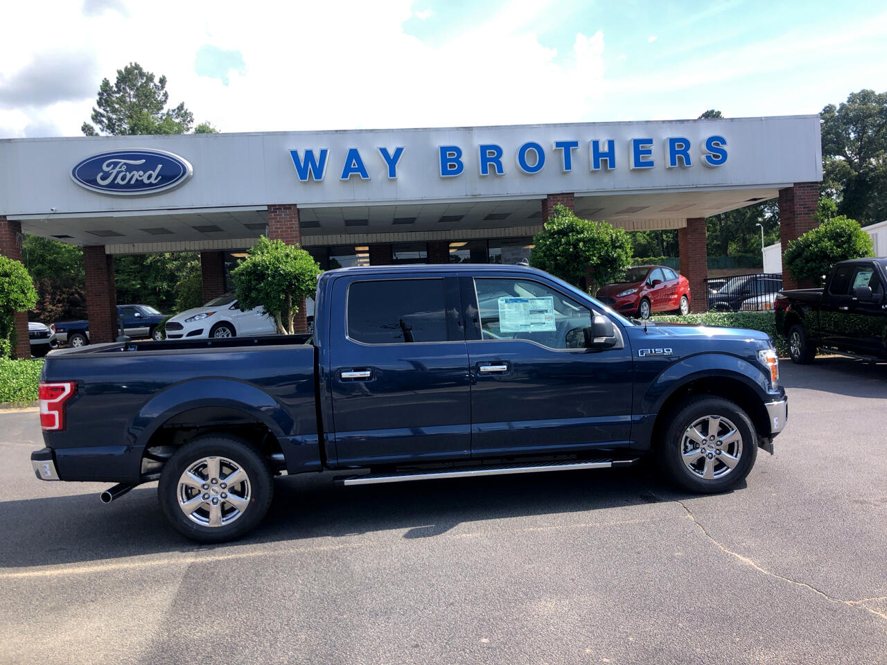 2019 Ford F-150 XLT 2WD SUPERCREW 5.5' BO