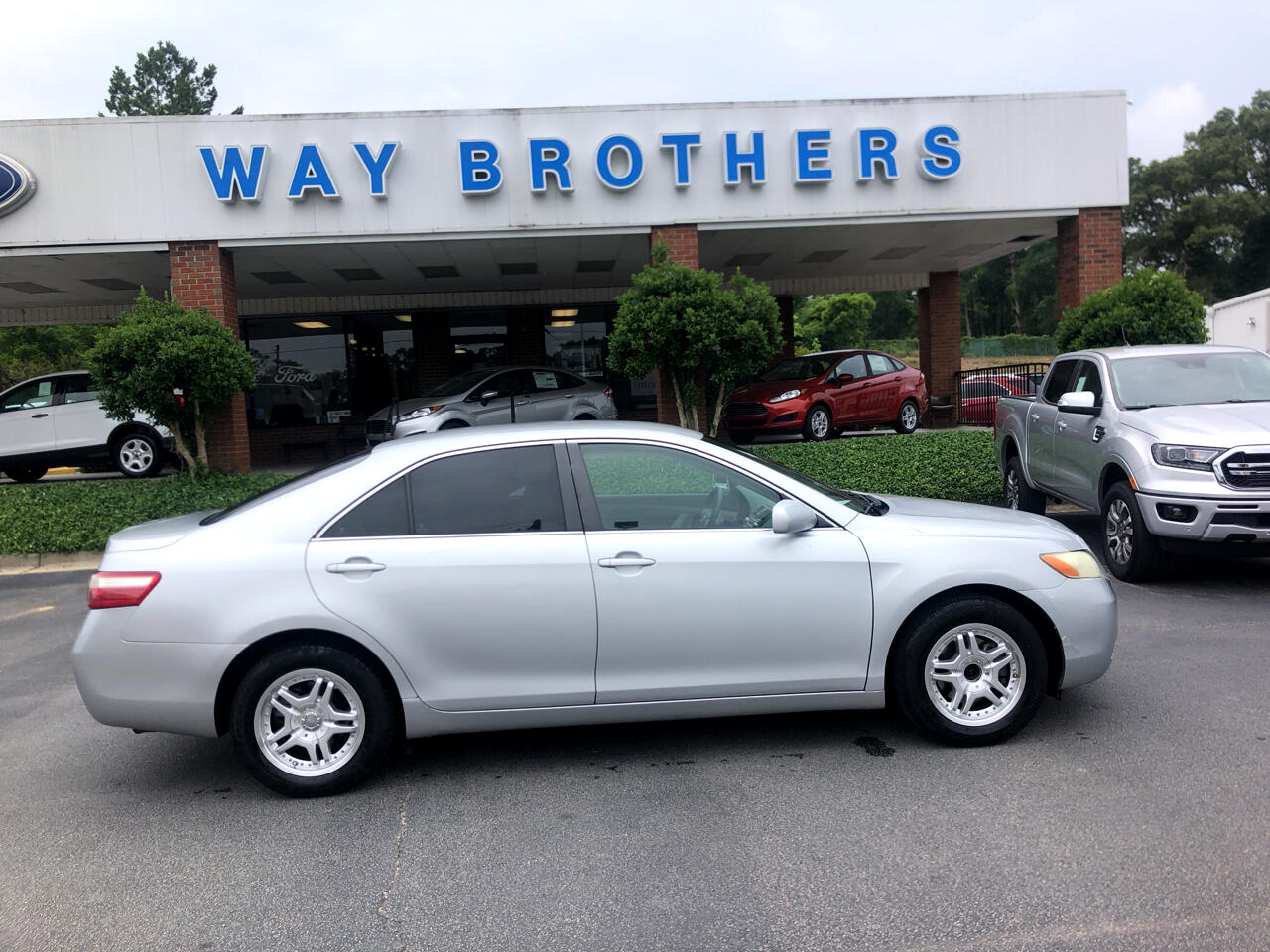 2007 Toyota Camry 2014.5 4dr Sdn I4 Auto LE (Natl)