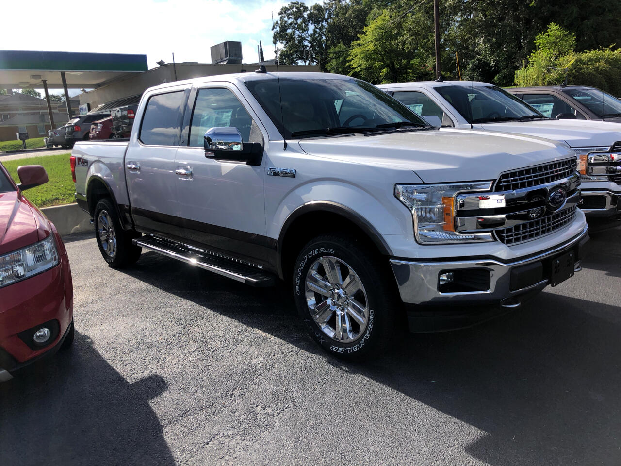 "Ford F-150 4WD SuperCrew 145"" Lariat 2019"