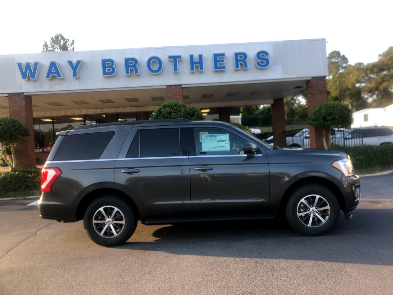 Ford Expedition XLT 4x2 2019
