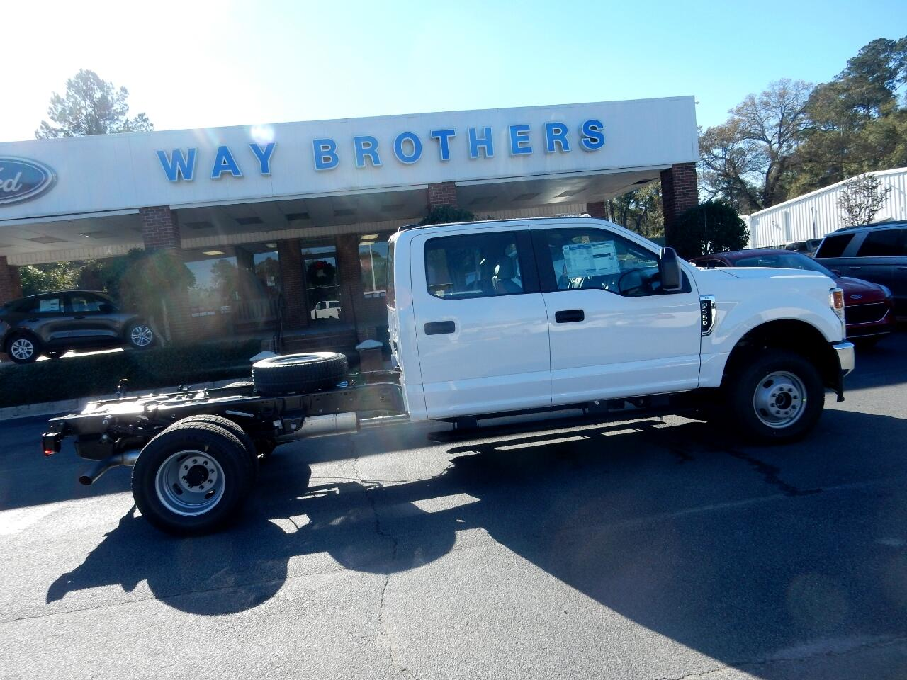Ford Super Duty F-350 DRW  2021
