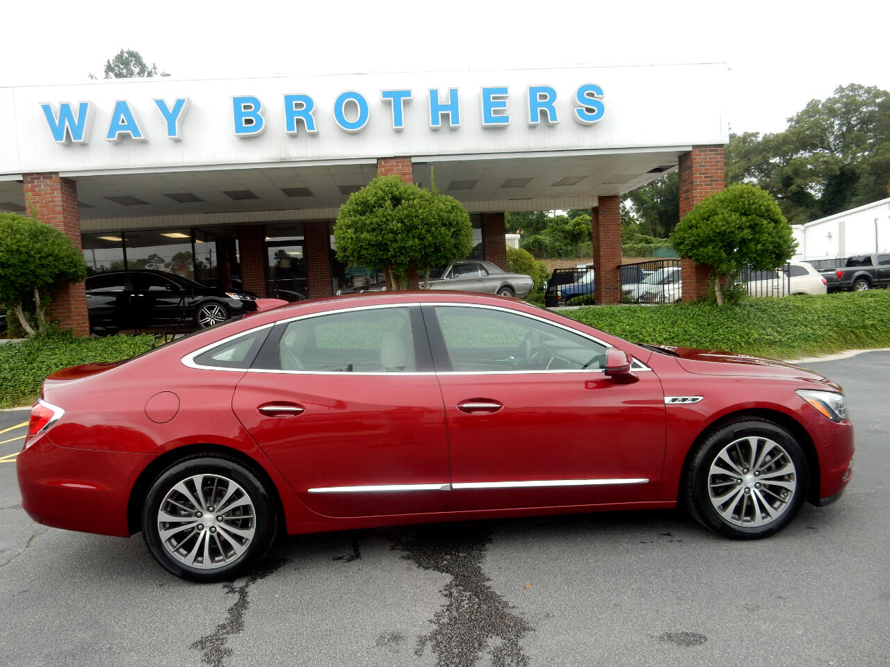 Buick LaCrosse 4dr Sdn Essence FWD 2019